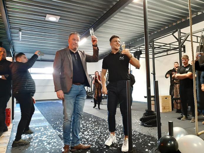 Wethouder Frank den Brok en Daniel Timmermans bij de opening van Mouvement in Oss