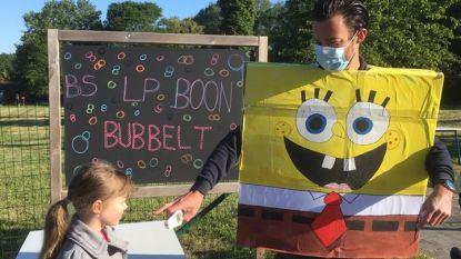 Terug naar de LP Boonschool: Spongebob meet temperatuur leerlingen, Cor en Ona 'gaan op wereldreis'