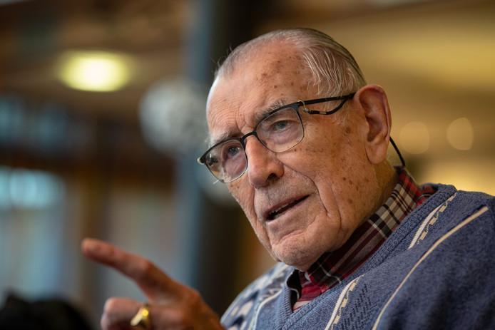 Op 17 november 1944 vond in de Noordoostpolder een grote razzia plaats. Jan Wester maakte het mee als jonge knaap.