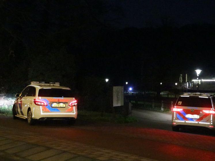 Agenten zoeken naar slachtoffer van beroving in Sonsbeekpark