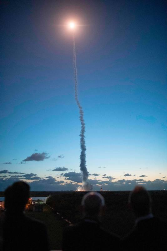 De Starliner moet volgend jaar mensen naar de ruimte brengen.