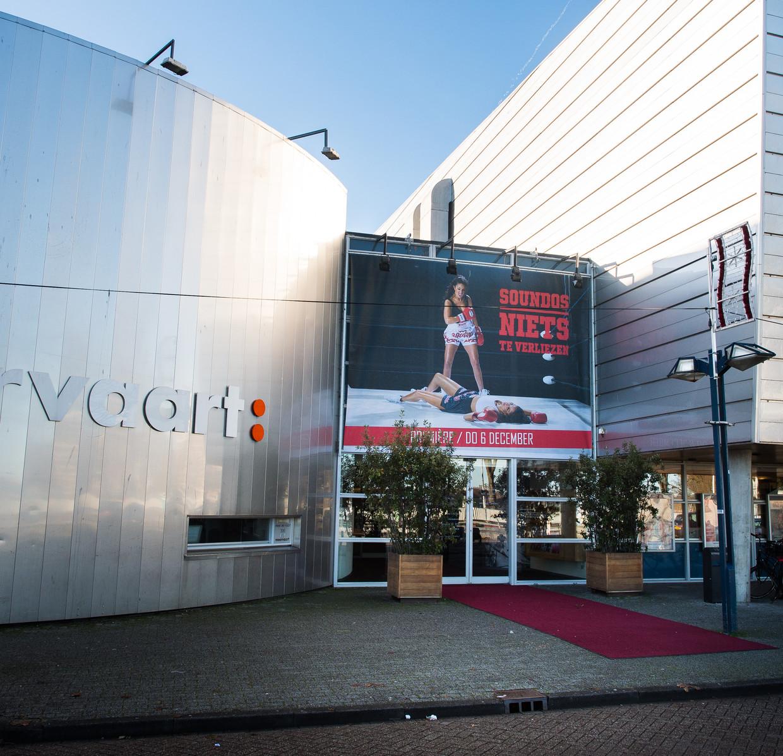 Het huidige gebouw van theater De Meervaart. Beeld Mats van Soolingen