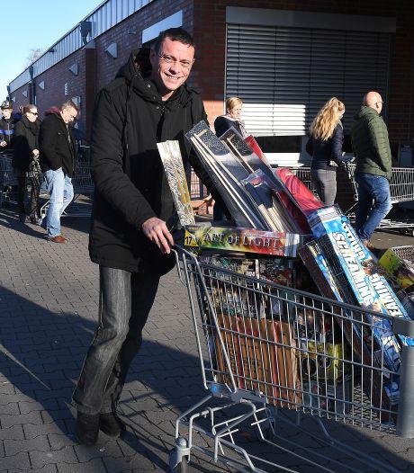 Burgemeester Berg en Dal wil invoerverbod op Duits vuurwerk: 'Van de gekke dat we de achterdeur open laten'