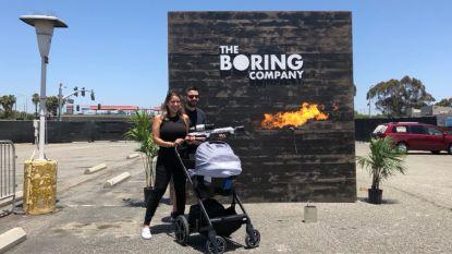 Vurig feestje: eerste fans hebben felbegeerde vlammenwerper van Elon Musk beet