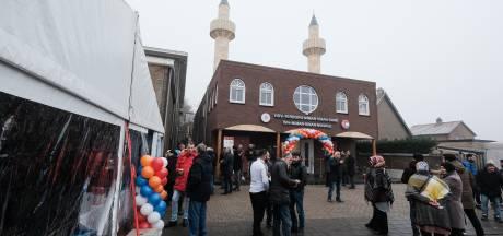 Jeugd heeft een eigen sleutel voor heropende moskee in Terborg