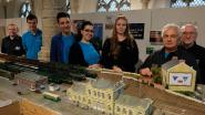 Modelbouwclub De Geit viert veertigste verjaardag: miniatuur stationsbuurt is blikvanger expo
