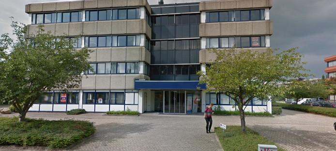 Het kantoorpand aan de Zaagmolenlaan in Woerden, waarin Poolse werknemers waren ondergebracht.