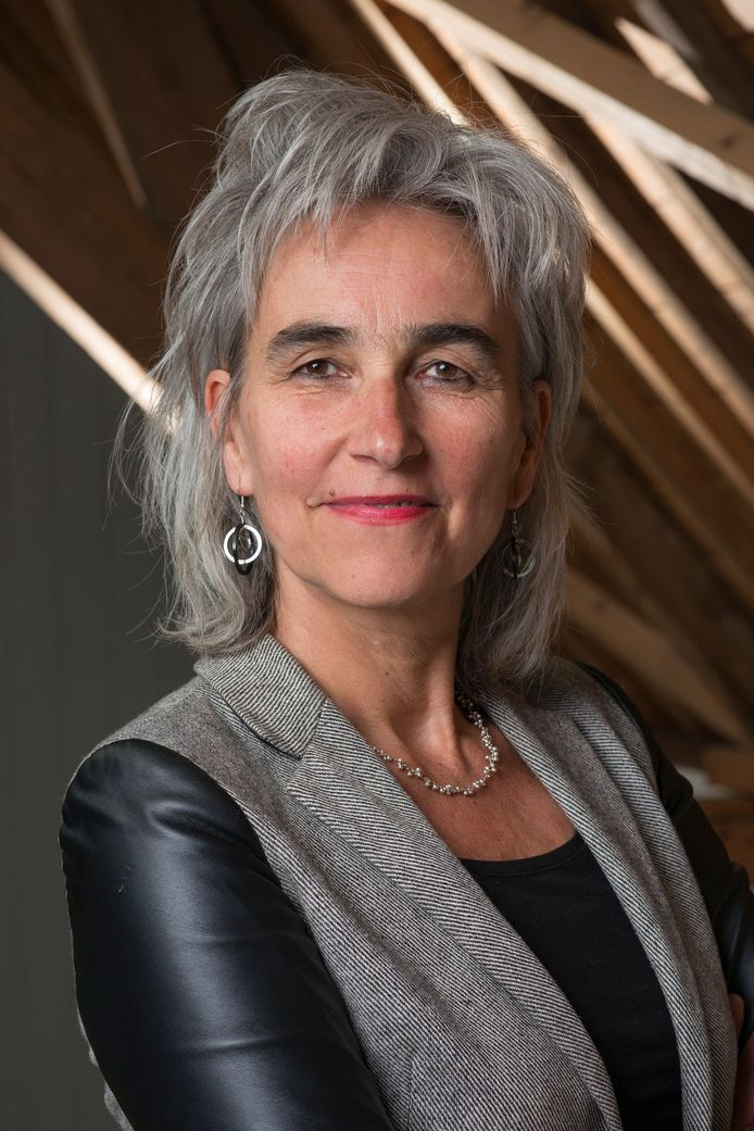 Marian Koopmans.