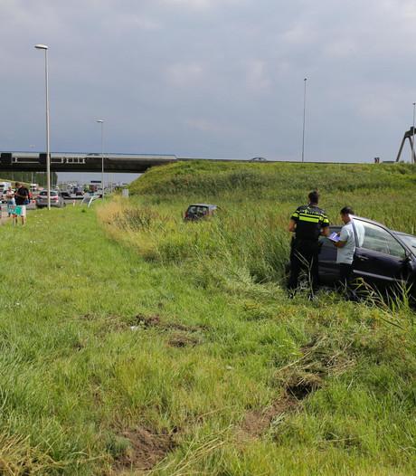 Vier auto's betrokken bij ongeval op A16