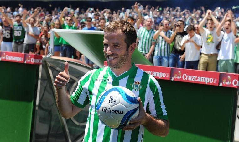 Rafael van der Vaart bij de presentatie bij zijn huidige club Real Betis Beeld anp