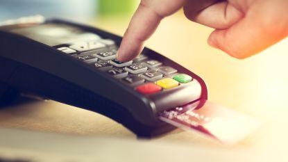 Britten betalen vaker met bankkaart dan cash
