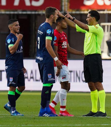 Thomas Lam moet een paar duels bij PEC Zwolle toekijken na rode kaart voor natrappen