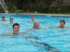 44ste zwemvierdaagse Kloosterzande begonnen, Regina is er altijd bij