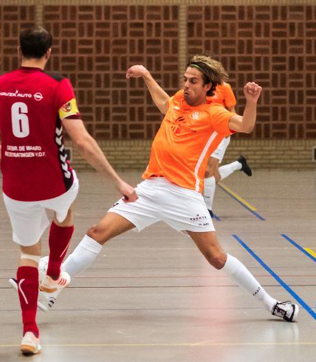 Zaalvoetballers AGOVV halen karrenvracht doelpunten binnen