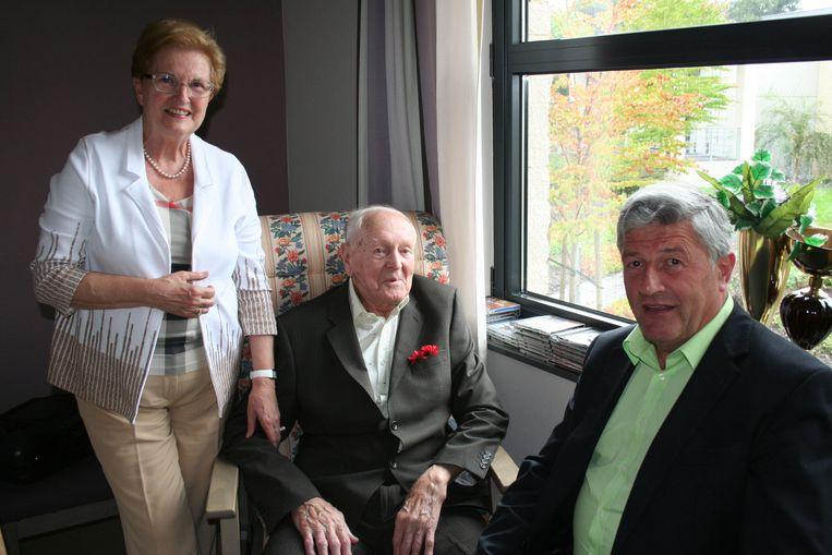 Jan Vanderkeulen blies 102 kaarsjes uit. Hij was 2 jaar toen de Groote Oorlog uitbrak.