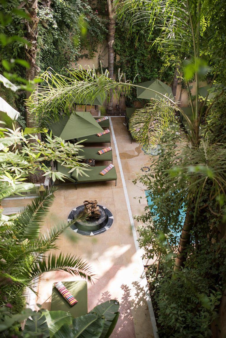 De binnentuin van luxehotel Riad El Fenn van Vanessa Branson. Beeld Dim Balsem