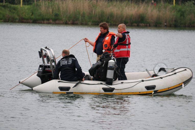 De duikers gingen op zoek naar de slachtoffers.