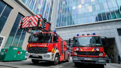 """Hakenkruis en penis op helm: Brusselse brandweerman van Maghrebijnse afkomst slachtoffer van racisme: """"Keer terug naar Molenbeek"""""""
