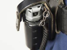 Politie gebruikt pepperspray om verwarde Tilburger met mes te overmeesteren