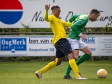 Idabdelhay voelde zich bij Halsteren eindelijk weer voetballer: 'Niet verwacht dat ik het zo leuk zou vinden'