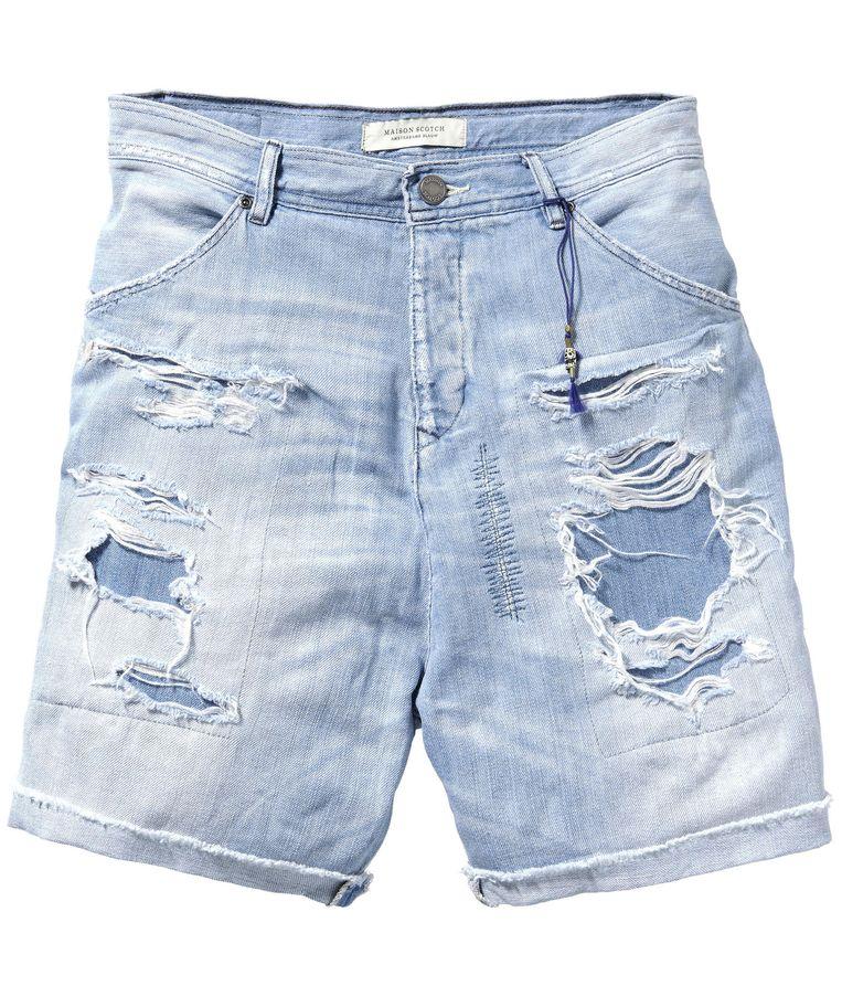 Hoge denim shorts van Maison Scotch x Amsterdams Blauw, € 99,95. scotch-soda.com Beeld .