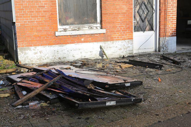 De brand bracht veel schade toe.