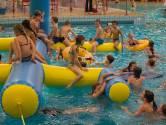 Golfbad Oss pakt uit met Aquabios: film kijken vanaf een luchtbed