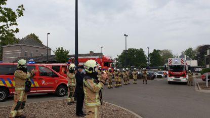Brandweerlui brengen bezoek aan WZC Betze Rust
