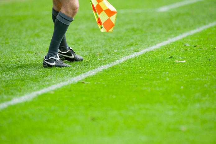 Een wedstrijd tussen de jeugdteams van Hercules en FC De Bilt is bij een 2-2 stand gestaakt.
