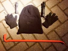 Politie treft drietal uit Lelystad aan met inbrekerswerktuig in Harderwijk