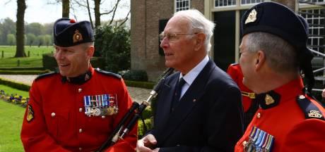 Jan Sievers uit Dalfsen (86) was gefascineerd door veteranen en historie
