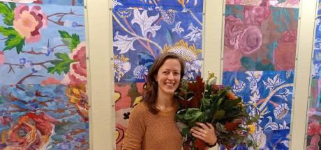 Duurzaamste docent van Nederland neemt de leerlingen mee de schooltuin in
