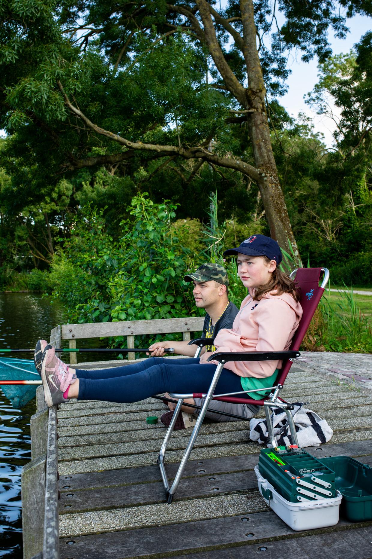 Priscilla (10) en vader Stefan.
