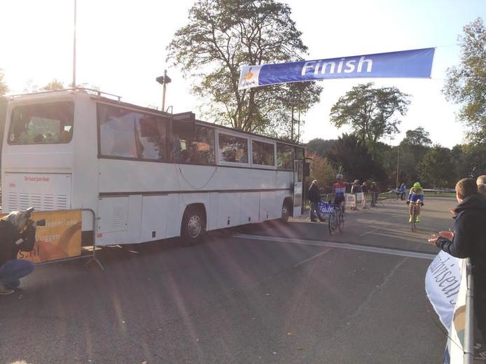 Jordy Luisman finisht als eerste in Harderwijk