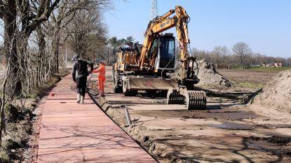 """Fietspaden Herenthoutsesteenweg na twee jaar werken klaar voor gebruik: """"Enorme stap vooruit qua fietscomfort"""""""