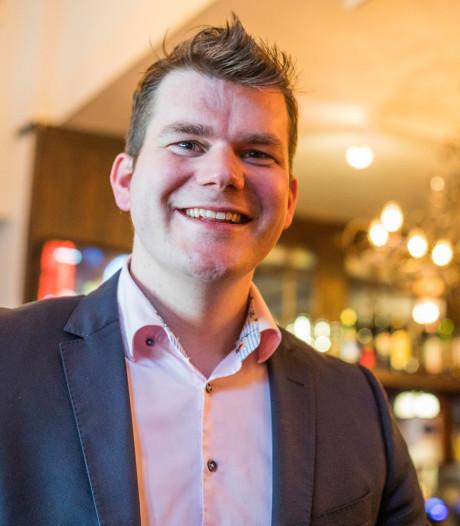 Kerstnummer Elias van Hees 'te politiek' voor Facebook