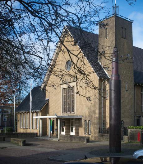 Rel om ontwikkelen Aula in Wageningen, woedende ondernemer laat beslag leggen op het gebouw