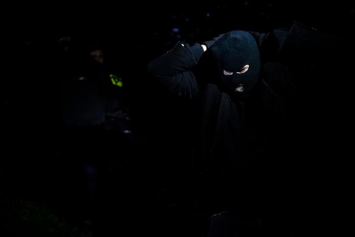 Een inbreker in de boeien bij de allereerste Real Game Veiligheid in Hedel.
