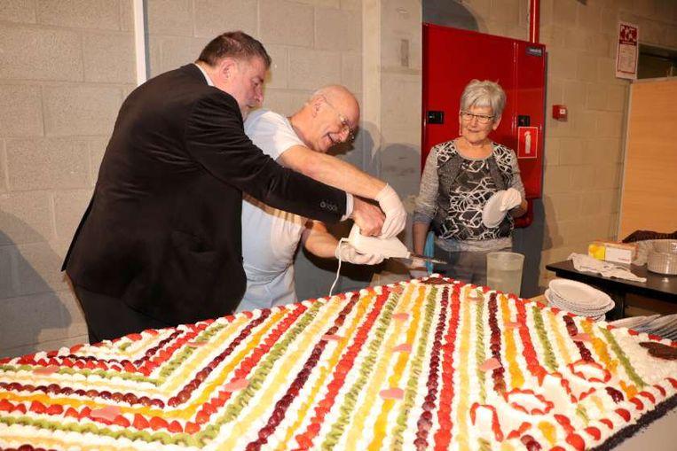 De gigantische taart van de Lustige Bakkers.