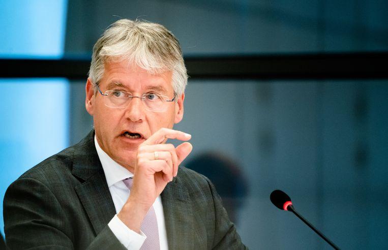 Minister Arie Slob tijdens het debat over onderwijs in de coronacrisis. Beeld ANP