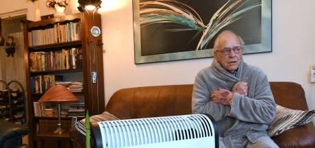 Henk (82) kleumt in zijn eigen flat in Veenendaal: 'De verwarming valt alsmaar uit'