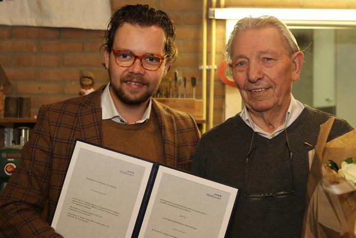 Wethouder Daan de Kort (links) en Toon Sleegers.