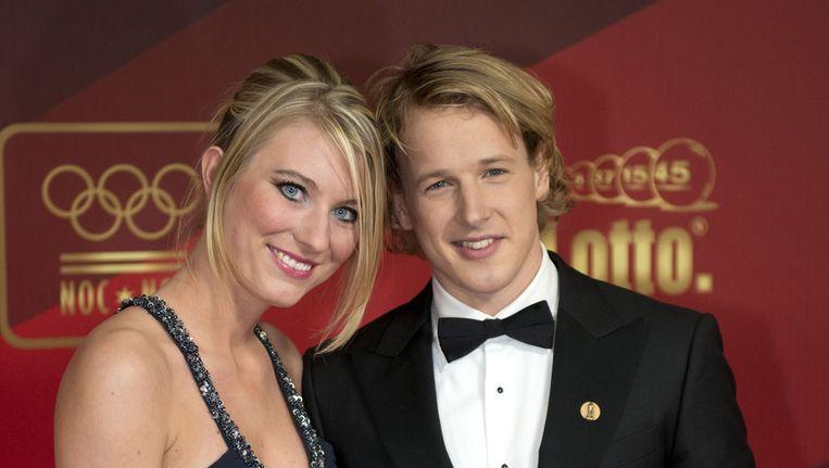Epke Zonderland samen met zijn vriendin Linda Steen. Beeld ANP