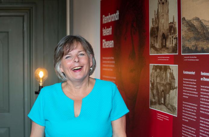 Coördinator van het Stadsmuseum Rhenen Maaike Woldring.