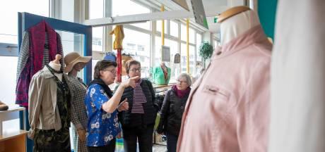 Kledingbank naarstig op zoek naar mannenkleding