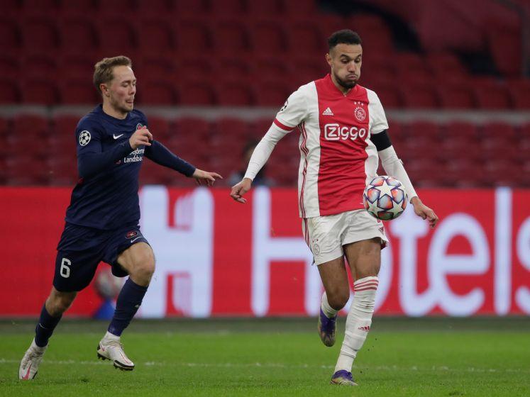 Ajax verslaat Midtjylland na eerste helft van gemiste kansen