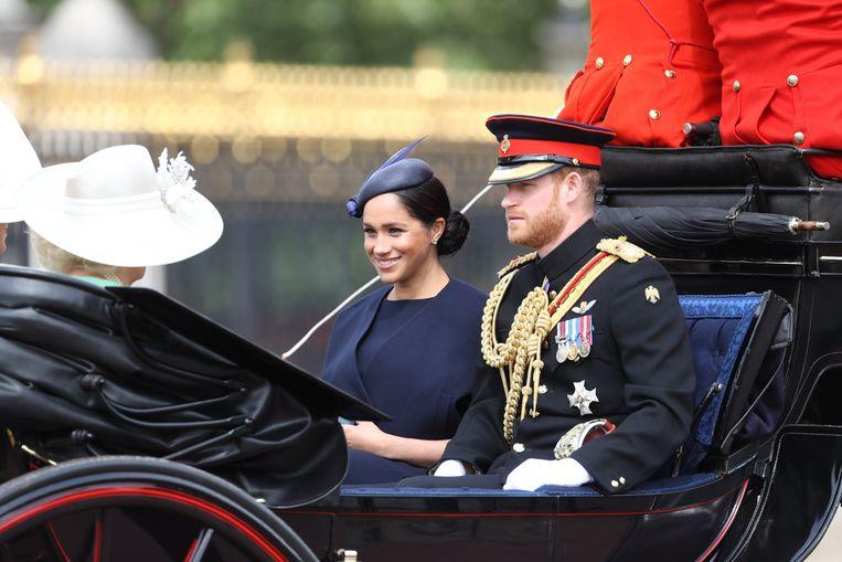 Ook prins Harry en zijn echtgenote Meghan Markle waren aanwezig.