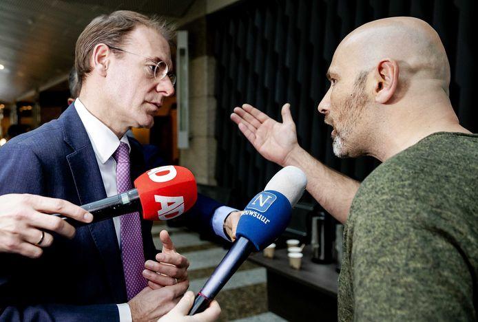 Staatssecretaris Menno Snel van Financiën overleefde vorige week een debat over de toeslagenaffaire. De frustratie is nog altijd groot.