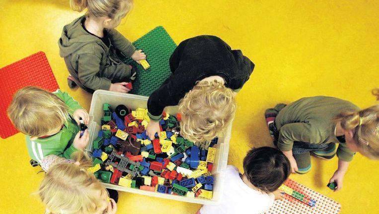 Kinderen op een crèche in Vlaardingen. Ongeveer de helft van de Nederlandse crèches is van organisaties zonder winstoogmerk. Beeld anp