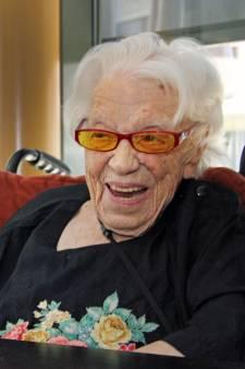 Hoera! Gorcumse Geertje is met 113 jaar de oudste inwoner van Nederland